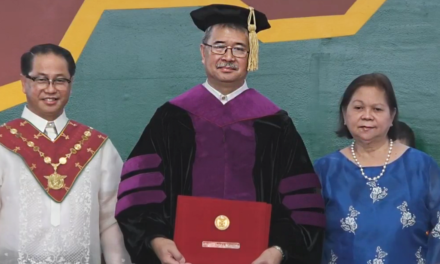 Science chief conferred with Doctor of Laws
