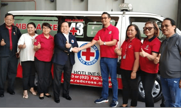 Nissan nag donate ng 3 Pick-Up sa Philippine Red Cross