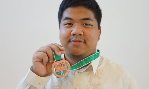 DLSU stude gets gold medal for National Olympiad in Informatics