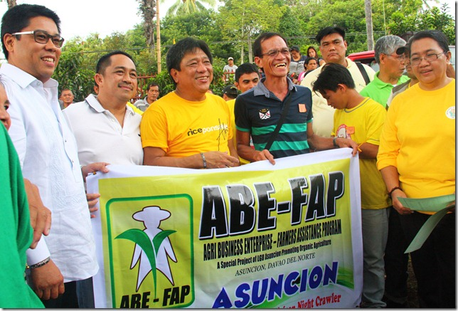 Davao Norte town engages in organic rice farming